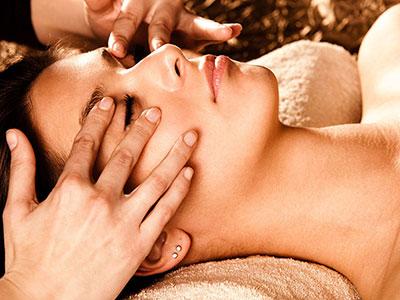 Massage du visage japonais